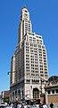 Williamsburgh Savings Bank Tower 9128 crop.JPG