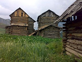 Wooden houses in Tulail.jpg