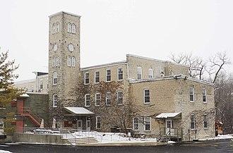Grafton, Wisconsin - Image: Woolen Mill Grafton Dec 09