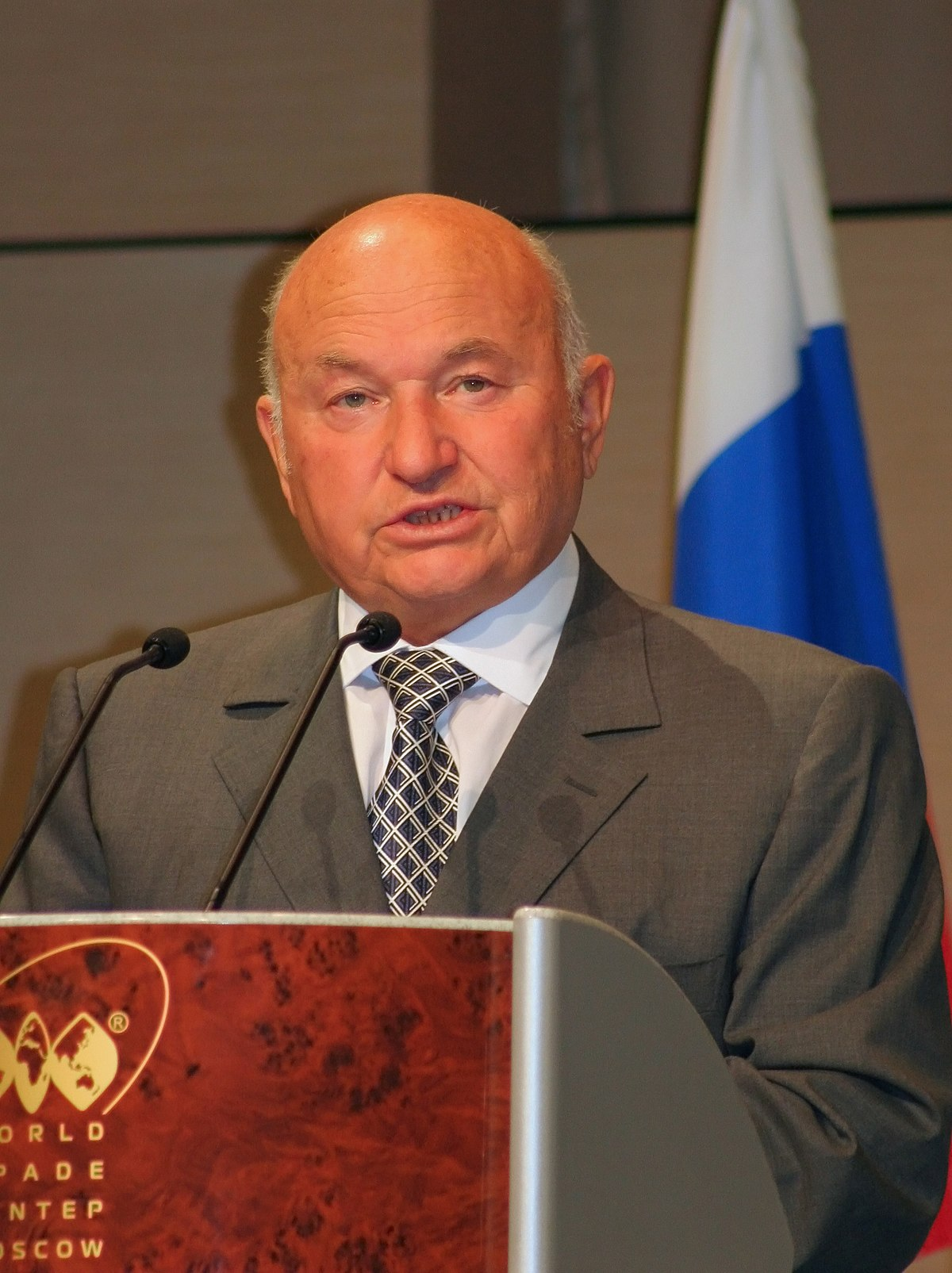 Luzhkov proposes to use sanctions products on the farm 08/10/2015 6