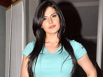 Zareen Khan - Khan at an event for Agent Vinod screening in 2012