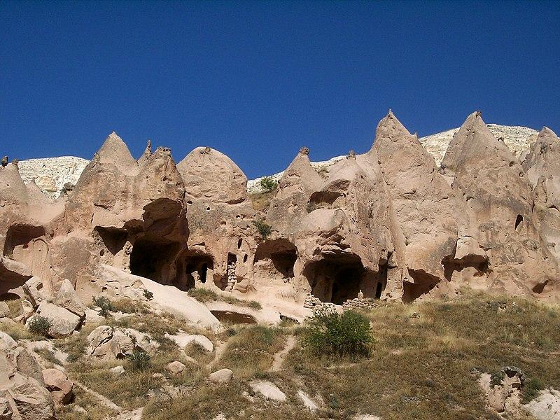 Archivo:Zelve Cappadocia.JPG