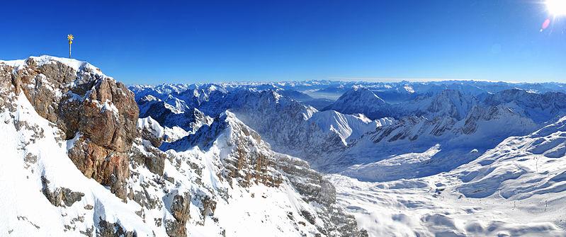 Zugspitze Panorama File:Zugspitze panoram...