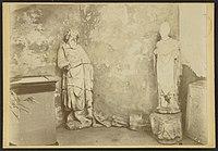? deux statues - J-A Brutails - Université Bordeaux Montaigne - 0582.jpg