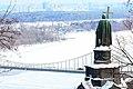 Памятник Владимиру над Днепром во льду.jpg