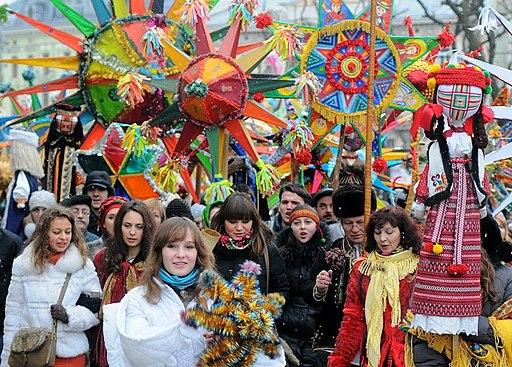 Парад вуличних вертепів у Львові, початок 2010-х