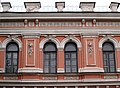 Полтавський аграрний коледж (вікна другого поверху).jpg
