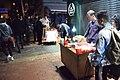 香港警察年初一旺角打擊小販演變通宵警民衝突 01.jpg