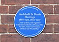 -2019-12-20 Blue plaque for Archie and Bertie Hastings, West Street, Cromer.JPG
