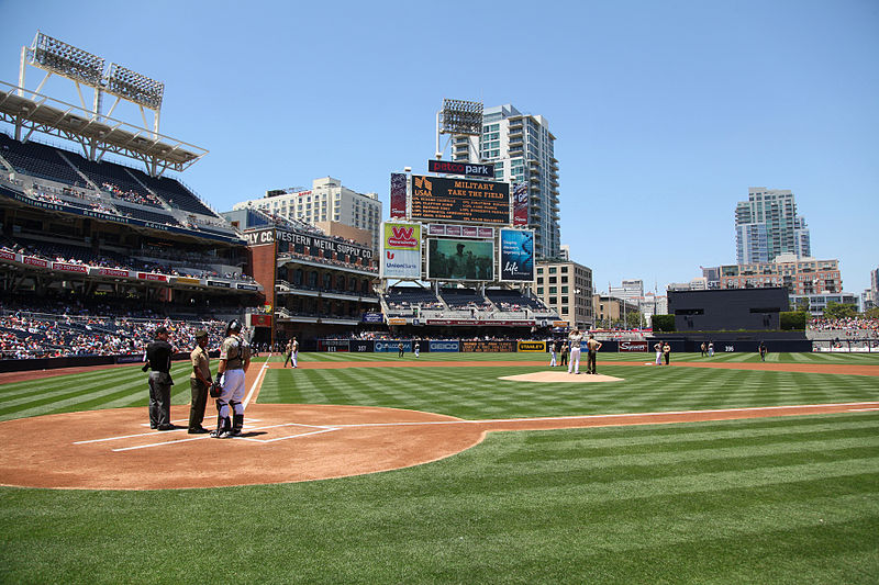 File:15th MEU recognized during Padres game 130519-M-VZ265-078.jpg