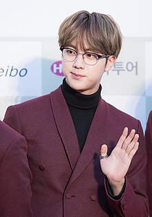 160217 Gaon Chart K-POP Awards Red Carpet BTS Jin (1).jpg