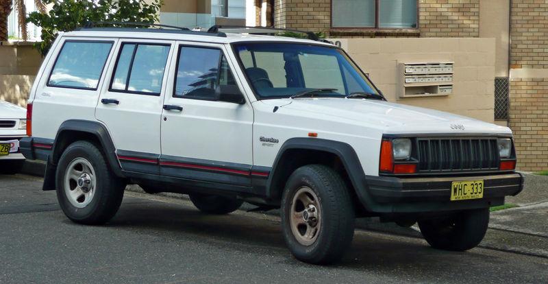 Ficheiro:1994-1997 Jeep Cherokee (XJ) Sport 01.jpg