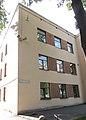 2-й Муринский проспект, 35. Здание поликлиники и детской консультации. Левый боковой фасад здания.jpg