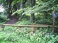 20040727 0942 1128-Spenge-Eingang zum Katzenholz am Tannenweg dem 'Landratsweg'.JPG