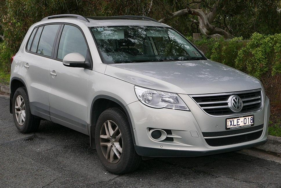 2009 Volkswagen Tiguan (5N MY10) 125TSI 4MOTION wagon (2015-07-24) 01