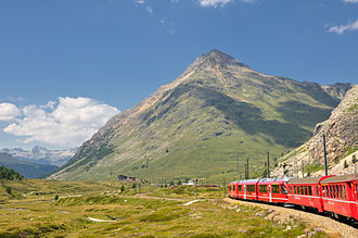 Piz Albris - View from the Bernina Railway (south side)
