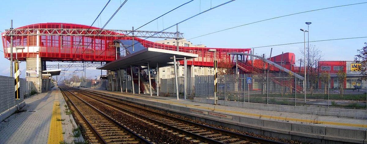 Stazione di grugliasco wikipedia - Piscina di grugliasco ...