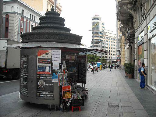 2011 newsstand Madrid 6008906259