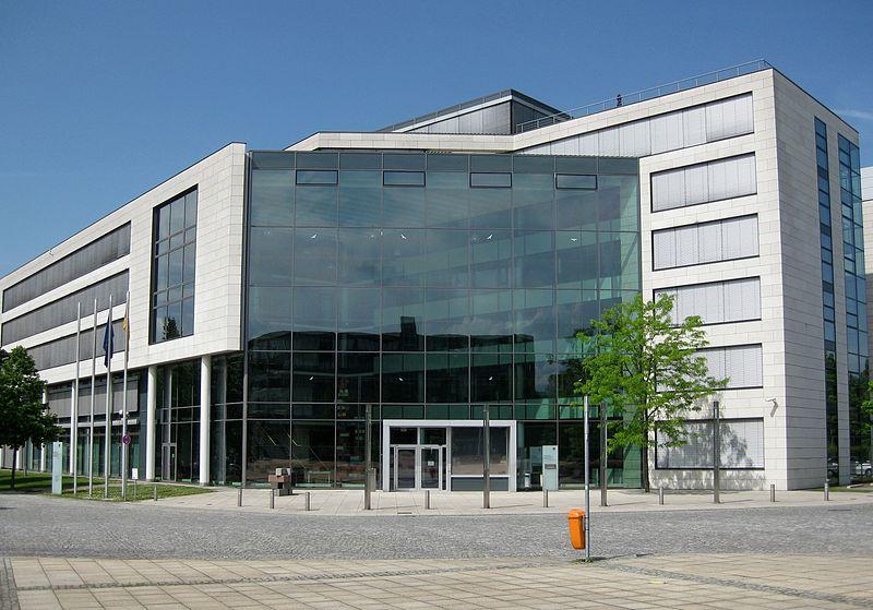 File:2012-05-20 Bonn Bundesinstitut für Arzneimittel und Medizinprodukte.jpg