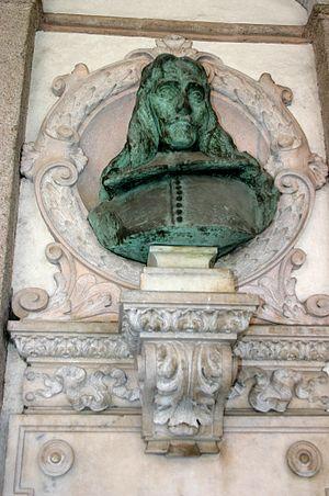 Carlo Maria Maggi - Bust of Carlo Maria Maggi (1890), Piazza Mercanti, Milan