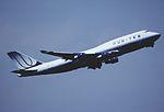 418bk - United Airlines Boeing 747-422, N199UA@FRA,25.07.2006 - Flickr - Aero Icarus.jpg