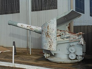 BL 6 inch 80 pounder gun - Gun from HMAS Protector at Birkenhead, South Australia, August 2011