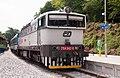 754 042-0, Чехия, Среднечешский край, станция Йилове-у-Праги (Trainpix 164910).jpg