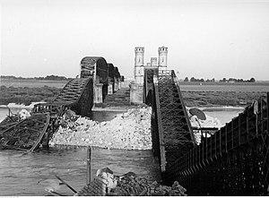 Kazimierz Piechowski - Railway bridge over the Vistula River; Piechowski was in a forced work gang clearing the rubble