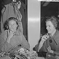 Aankomst Ingrid Bergmann op Schiphol Ingrid Bergmann en Margriet de Groot tijden, Bestanddeelnr 912-2301.jpg