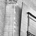 Aanzicht west-zijde half kolom zuid-transept. - Leiden - 20134346 - RCE.jpg
