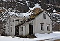 Abandoned house in Gimsøysand, Gimsøy Island, Lofoten, Norway.JPG