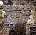 Abbazia di farneta, interno, cripta del ix o x secolo, 03 capitello 1.jpg