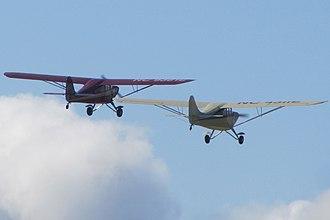 Aeronca 11 Chief - Image: Aeronca Chief Formation