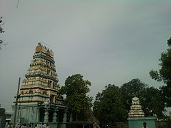 Amaravati Amareswara temple gopuram.jpg