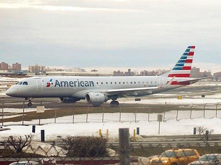 American Airlines Embraer ERJ-190-100 IGW N946UW.jpg