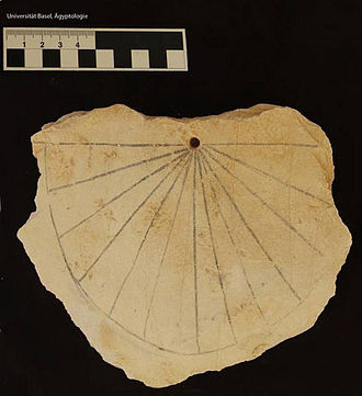 History of sundials - Image: Ancient egyptian sundial