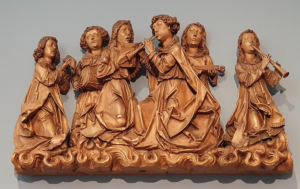 Angels singing and playing musical instruments, by Tilman Riemenschneider workshop, c. 1505, linden wood - Bode-Museum
