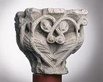 Anonyme toulousain - Chapiteau de colonne simple , Oiseaux dans des lianes - Musée des Augustins - ME 226 (2).jpg