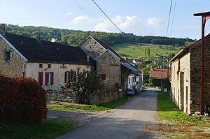 Arnay-sous-Vitteaux - A street in Arnay-sous-Vitteaux