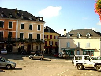 Tardets-Sorholus - The central square of the village