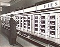 Automat by Berenice Abbott in 1936.jpg