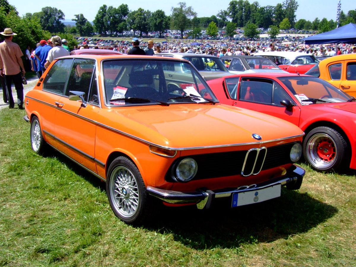 File Bmw 2002tii Touring 1974 1 Jpg Wikimedia Commons