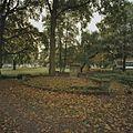 Bakstenen plateau in de noordwesthoek van het park - Boxmeer - 20334274 - RCE.jpg