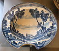Barber's bowl, Teruel, Spain, 18th century AD, ceramic - Museo Nacional de Artes Decorativas - Madrid, Spain - DSC08229.JPG