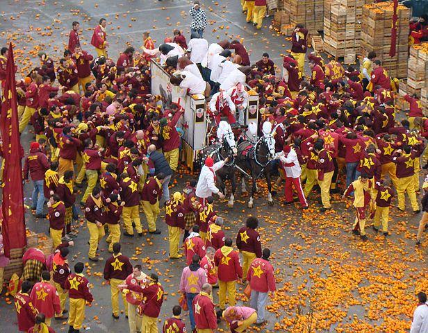 karneval, battaglia delle arance ivrea