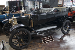 Ford model T uit 1914 in het National Motor Museum