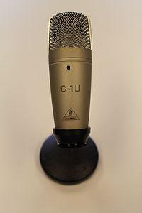 Behringer C-1U Studio Condenser Microphone.JPG