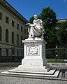 Berlin, Mitte, Unter den Linden, Denkmal Wilhelm von Humboldt 02.jpg