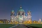 Berliner Dom, Westfassade, Nacht, 160309, ako.jpg