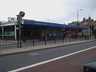 Bermondsey tube station - Entrance on Jamaica Road